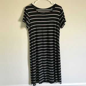Liz Lange Maternity T Shirt Dress